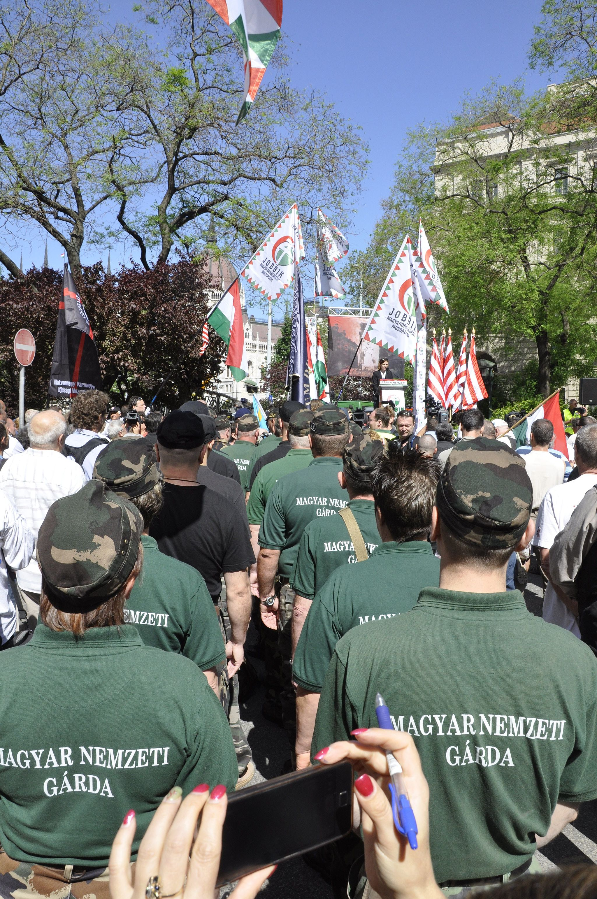 Jobbik-NewHungarianGuard-May2013